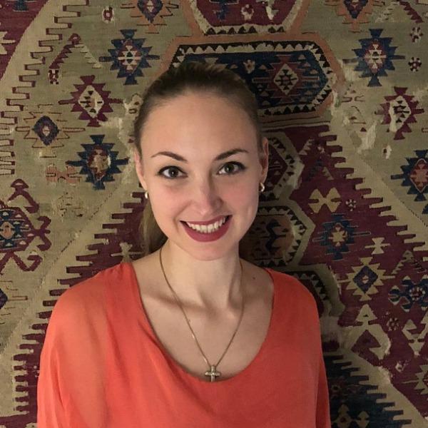 Melanie Wilhelmy Auktionatorin, Porzellan, Silber, Schmuck